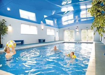 Holiday park and caravan holidays at silver trees in staffordshire england for Alton swimming pool opening times