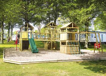 Featured Isle of Wight Holiday Parks