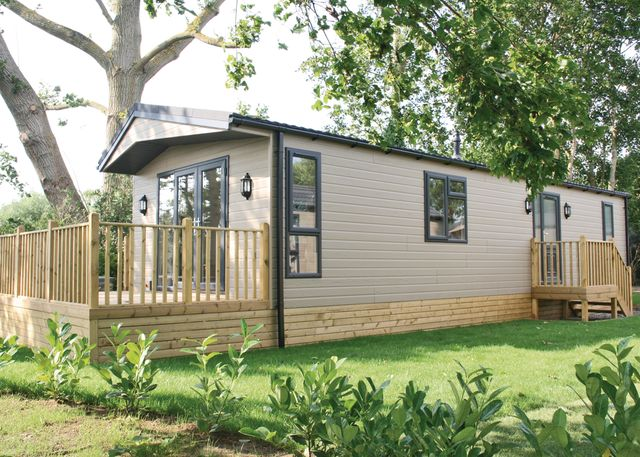 Featured Oxforshire Holiday Parks