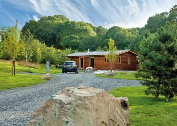Meadows-End-Lodges