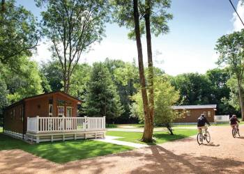Merley-Woodland-Lodges