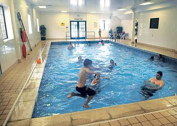 Holiday park and caravan holidays at ashbourne heights in derbyshire england for Alton swimming pool opening times