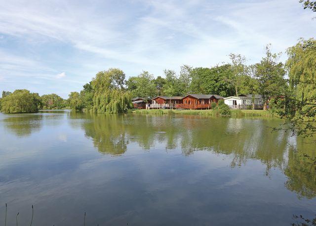 Carlton-Meres-Country-Park