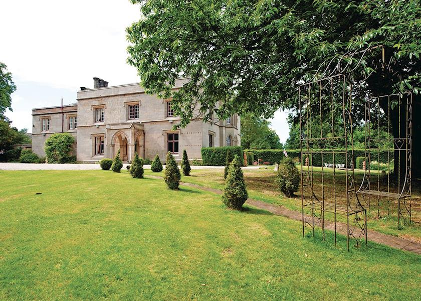Calthwaite-Hall-Lodges