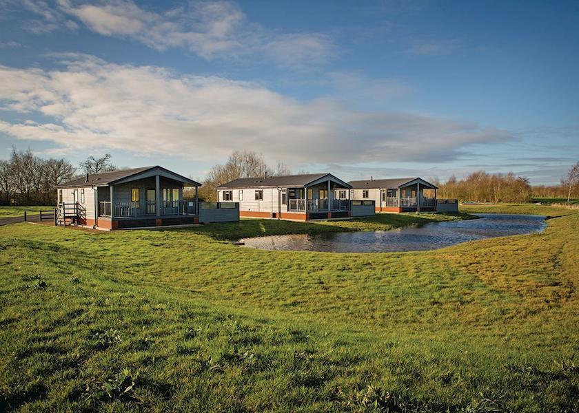 Claywood-Retreat-Lodges